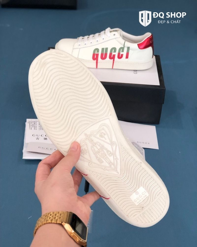 giay-gucci-ace-sneaker-with-gucci-blade-chu-chay-rep-11-dep-chat (2)