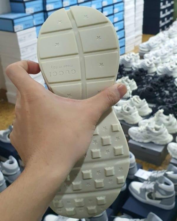 giay-sneaker-gucci-rhyton-logo-leather-nam-nu-rep-11-dep-chat (5)