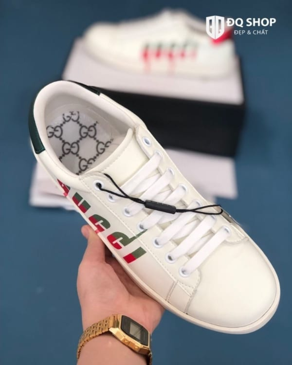giay-gucci-ace-sneaker-with-gucci-blade-chu-chay-rep-11-dep-chat (5)