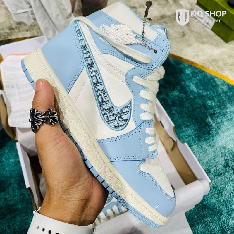 giay-nike-air-jordan-1-dior-blue-xanh-ngoc-sieu-cap-dep-chat